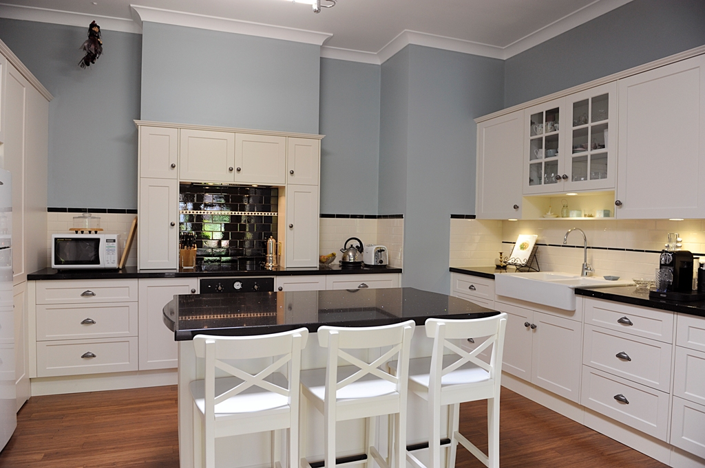 Old is new kitchens adelaide balhannah kitchens for Kitchen ideas adelaide